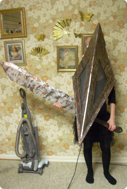 Pyramid Head Cosplay