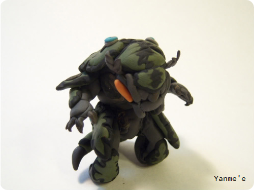 Halo Clay Drone Figure