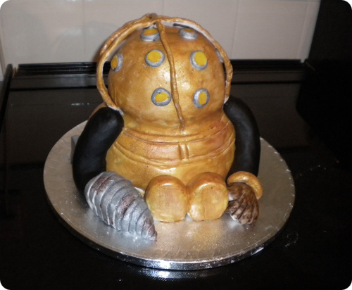 BioShock Big Daddy Cake
