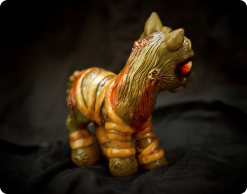 Silent Hill Split Head Pony